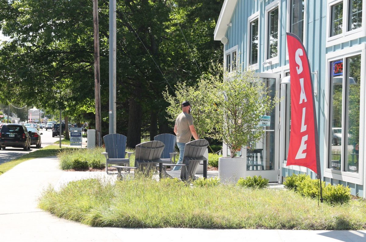 sale sign; coastal; shop small for big deals in Glen Arbor