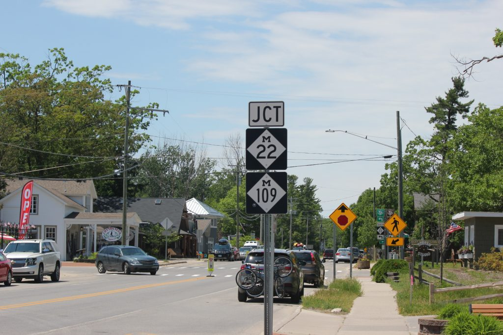 junction m22 in glen arbor