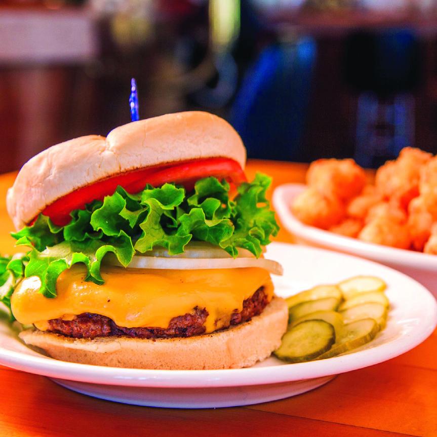Art's Tavern Glen Arbor photo: burger plated close up