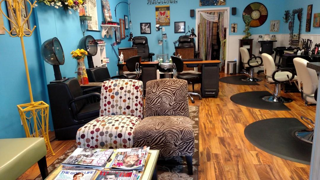 inside photo of Glen Lake Beauty Salon