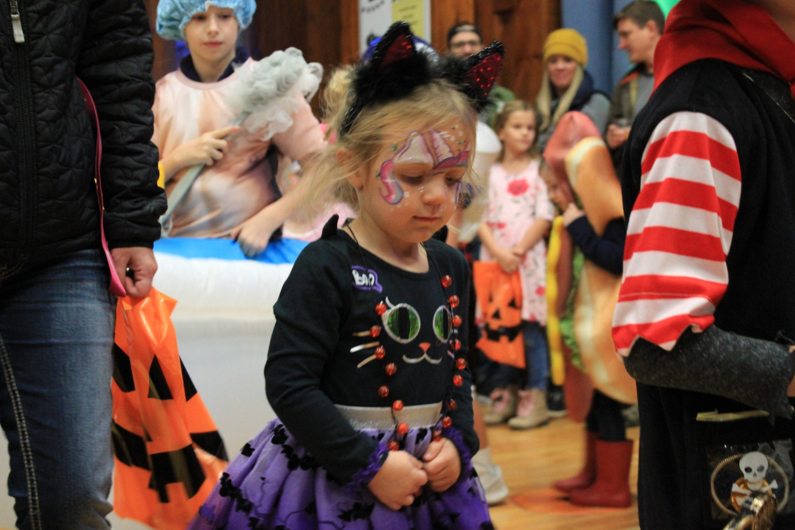 kids in halloween costume parade