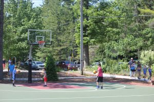 kids play basketball at Township Park