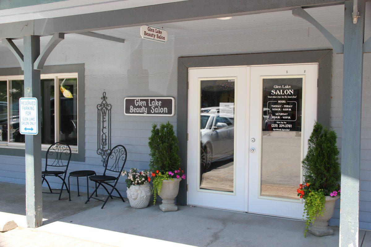 storefront: Glen lake Beauty salon entrance close up