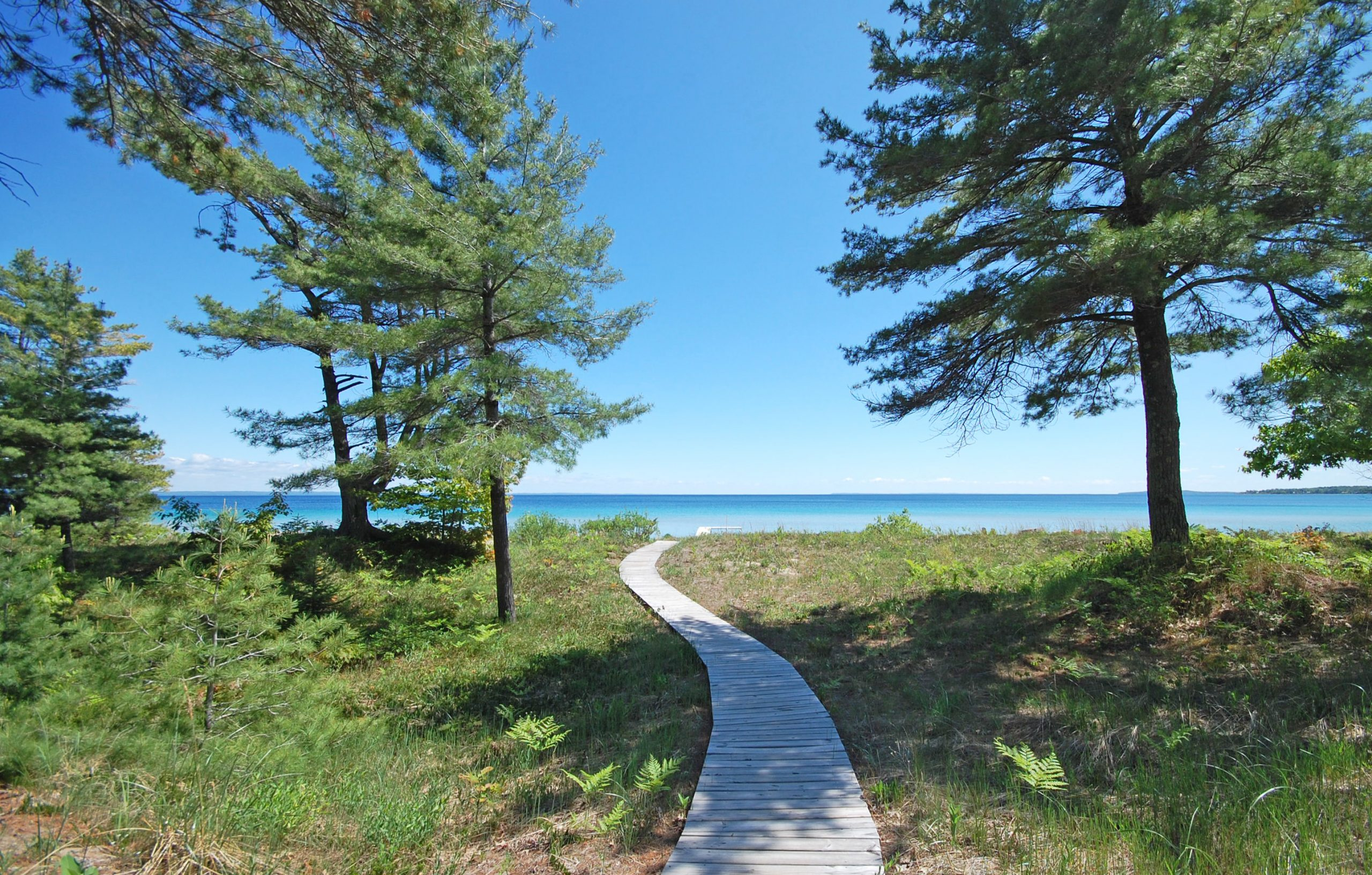 Lake Michigan access summer boardwalk