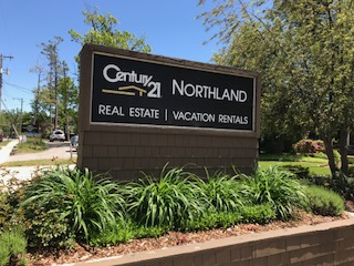 photo of Northland Vacation Rentals sign