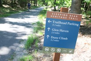 A directional sign on the Sleeping Bear Dunes Heritage Trail