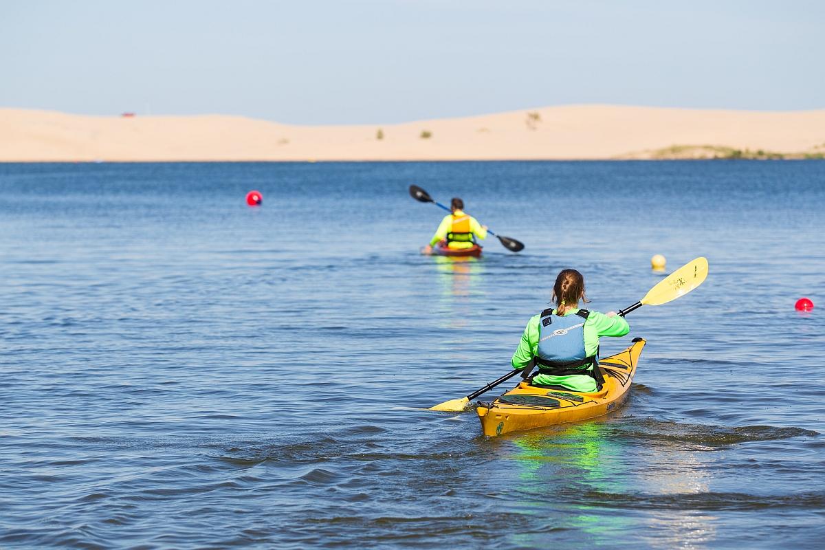 guided kayak trip lake michigan sleeping bear dunes